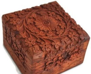 beautifully-hand-carved-wooden-keepsake-box
