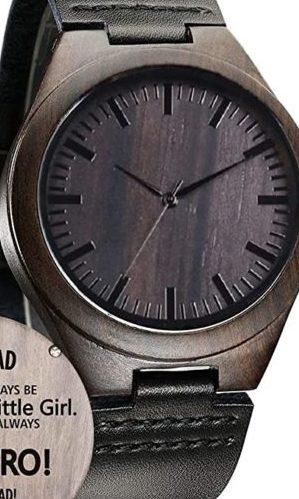 reloj-de-madera-con-grabado-personalizado